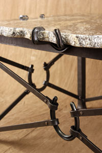 horseshoe table detail